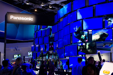 Panasonic visade upp en hel del nya tv-apparater, men coolast var deras Viera-app som har Airplay-liknande funktion.